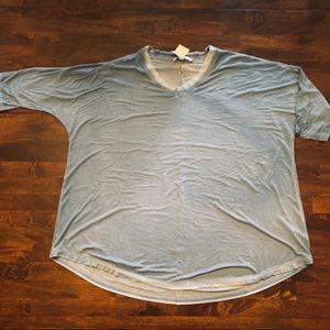 3/4 Sleeve Flowy Tunic Top